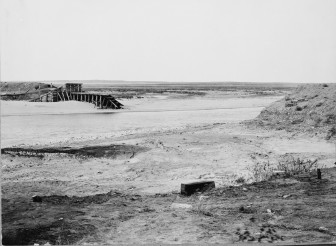 Avalon's washed-out temporary dam on December 18, 1995. Courtesy of University of Oklahoma Press.